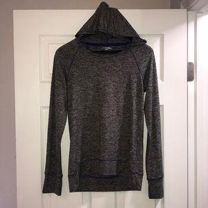 Drifit hoody. Thin fabric.